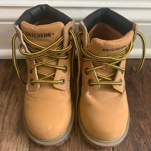 Brand New Skechers Boys Work Boots Size 12